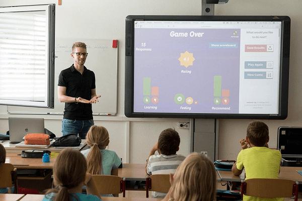 pentingnya desain grafis dalam proses pengajaran